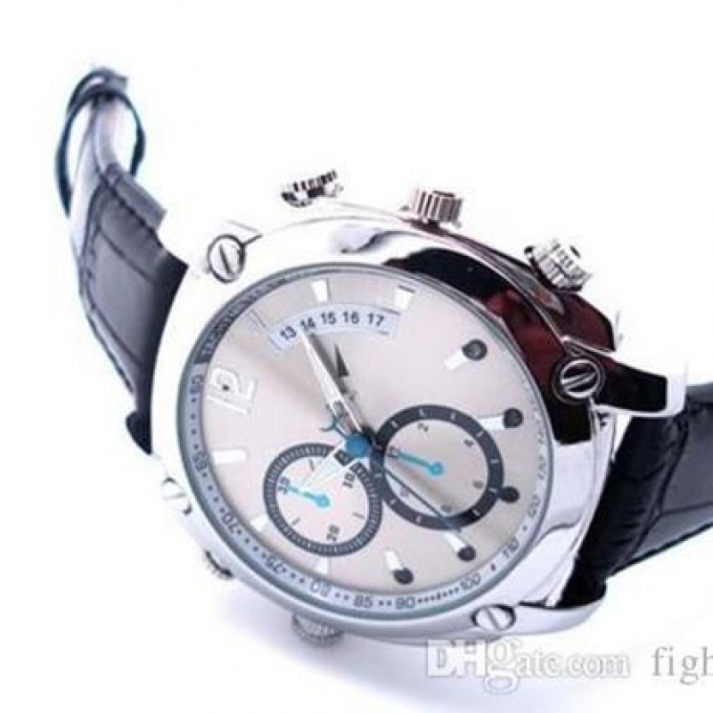Đồng hồ đeo tay camera W7000